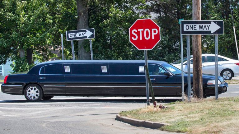 Hiring a limo service? Here's what you need to know